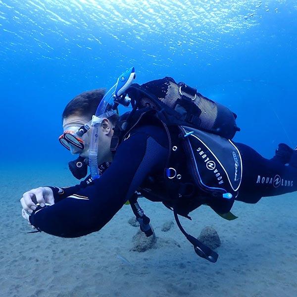 Curso de especialidad PADI en Lanzarote Navegación Subacuática - con centro de buceo Manta Diving Lanzarote