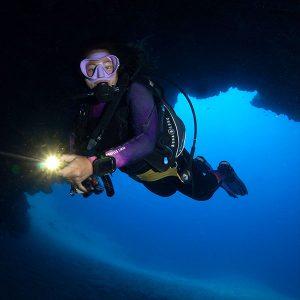 Precios por inmersiones guiadas   Puntos de Inmersiones en Lanzarote - Cathedral en Puerto Del Carmen