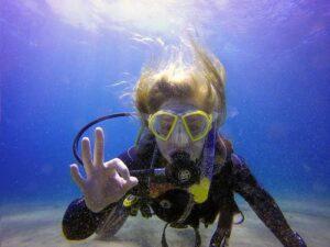 Abi Dive Lanzarote - PADI Divemaster Course