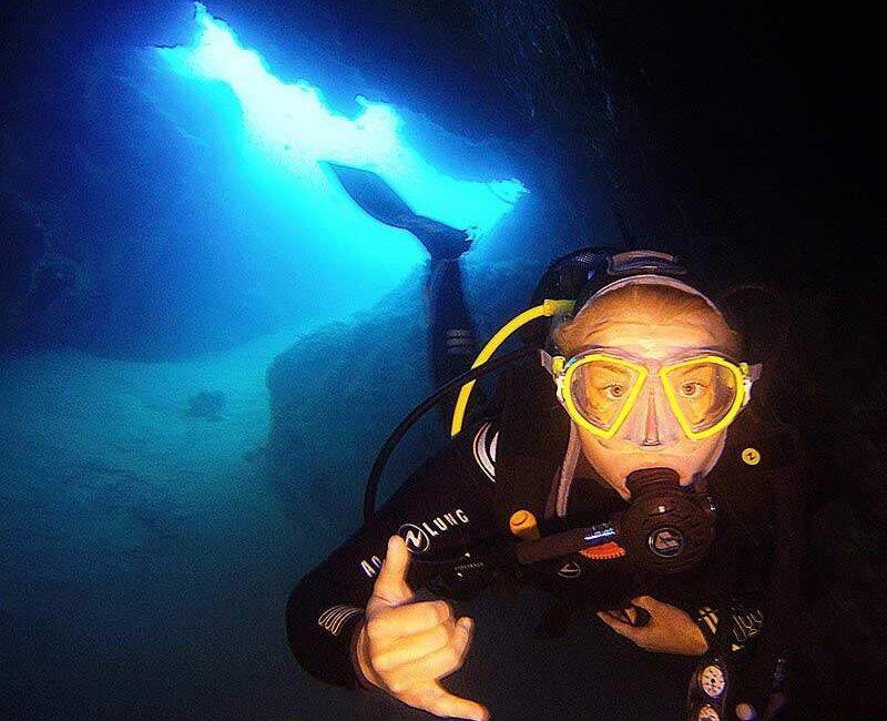 Abi exploring the dive sites in Lanzarote