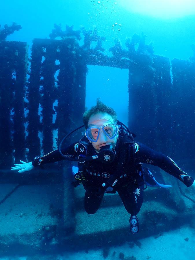 Bucear en el museo bajo el agua en Lanzarote con Manta Diving Lanzarote