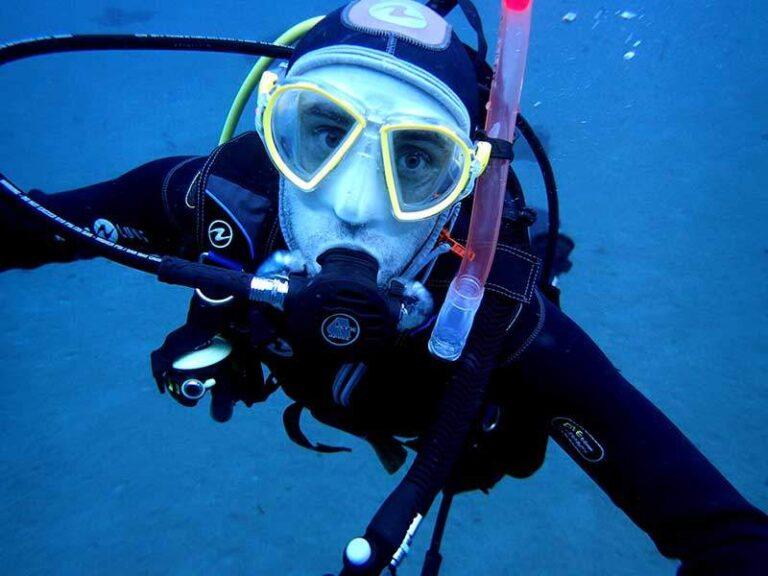 PADI ReActivate - refresher dive - scuba diving in lanzarote with Manta Diving Lanzarote